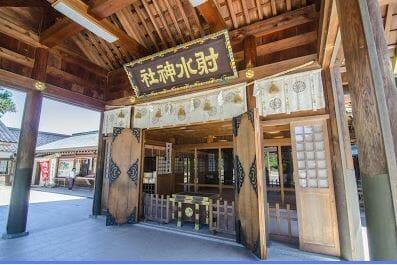 射水神社へ七五三詣 衣裳プランはひまわりで受付しています