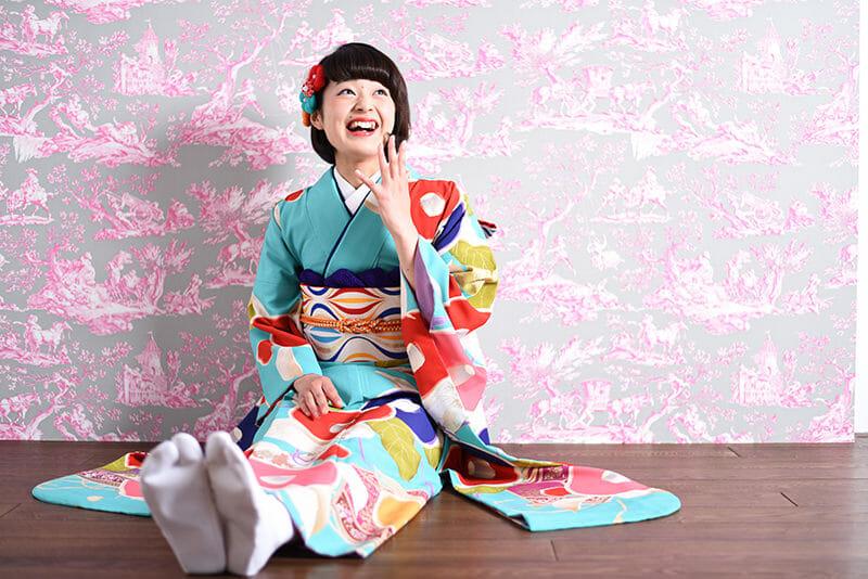 富山で成人式の振袖レンタルや着付けを探すならひまわりへ