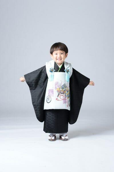 七五三参り 3才男の子は被布タイプで楽チン神社へ