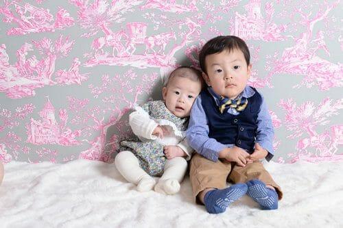 赤ちゃん 女の子 百日祝い 着物 100日祝い 富山 高岡 写真 かわいい 家族写真 兄弟