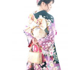 成人式振袖の前撮り写真 自分の振袖を持ち込んで写真撮影 富山県高岡市ブライダルハウスひまわり