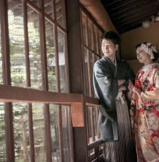 オシャレなウェディングフォトで人気のブライダルハウスひまわりのウェディングフォトチームが、富山市の内山邸へ出張ロケーションフォトへ行ってきた写真
